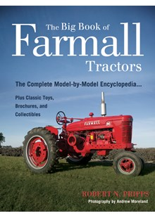 The Big Book of Farmall Tractors (PB)