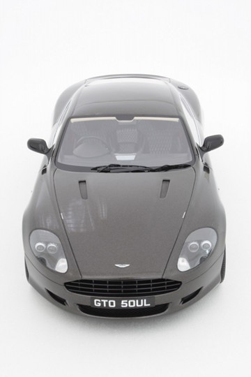 Aston Martin DB9 1/8 Limited Edition Model - click to enlarge