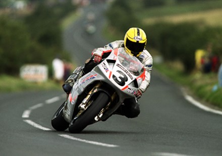 Joey Dunlop 1999 Ulster - click to enlarge