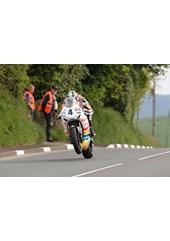 Ian Hutchinson Lambfell 2010 1st Practice