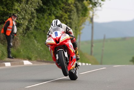 Michael Dunlop Lambfell 2010 1st Practice - click to enlarge