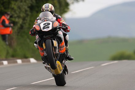 John McGuinness Lambfell 1st Practice 2010 TT - click to enlarge