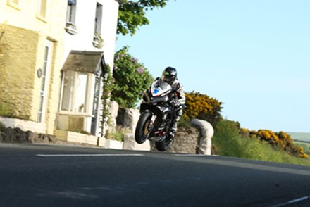 Bruce Anstey Rhencullen 2010 Wednesday Practice - click to enlarge