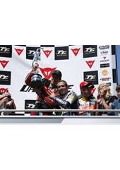 Rossi & McGuinness Superbike Podium TT 2009