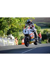 Ian Hutchinson Superbike Ballaugh Bridge