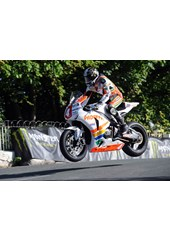 Ian Hutchinson Superstock Ballaugh Bridge