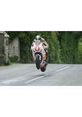 Ian Hutchinson Ballacrye Superstock TT 2010 (2)