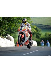 Guy Martin Ballaugh Bridge TT 2009 Superbike Practice