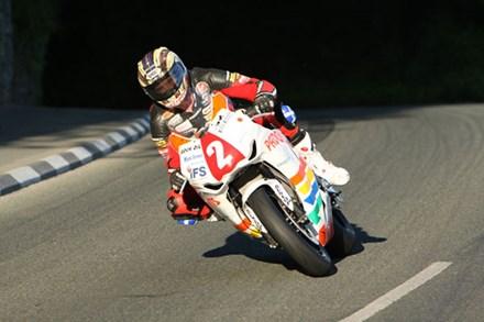 John McGuinness Greeba CastleTT 2009 Superstock Practice - click to enlarge