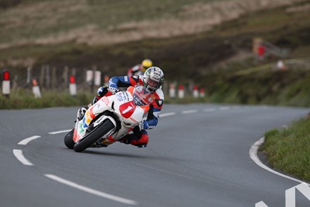 John McGuinness Superstock TT 2011 Guthries - click to enlarge