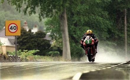 Joey Dunlop in the Rain TT 1998