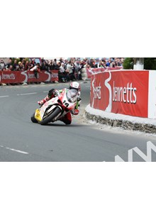 Michael Rutter TT 2011 Superbike Race Ginger Hall