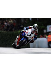 John McGuinness TT 2011 Superbike Race Union Mills