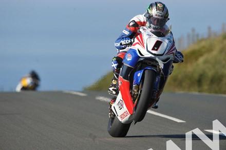 John McGuinness TT 2011 Superbike Across the Mountain - click to enlarge