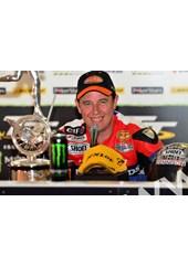 John McGuinness TT 2011 Superbike A Happy Winner (2)