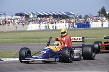 Senna hitches a lift with Mansell 1991 British GP  - click to enlarge