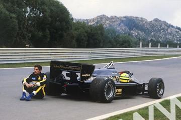 Ayrton Senna (Lotus 97T-Renault) Estoril 1985 - click to enlarge