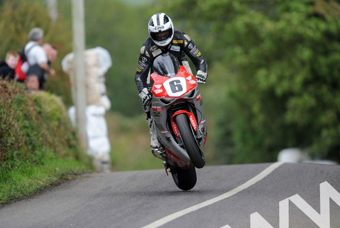 William Dunlop Munster 100 2011 O'Brien's Leap - click to enlarge
