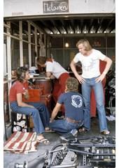Barry Sheene  James Hunt 1976 Japanese GP