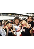 Barry Sheene with Grid Girls