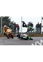 Alex Lowes crashing out BSB Knockhill ahead of Tommy Hill