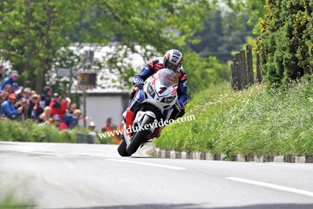 John McGuinness TT 2012 Barregarrow Superbike Race Landscape - click to enlarge