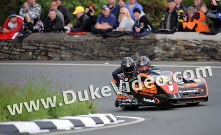 Dave Molyneux Patrick Farrance TT 2012 Gooseneck Sidecar 2 - click to enlarge