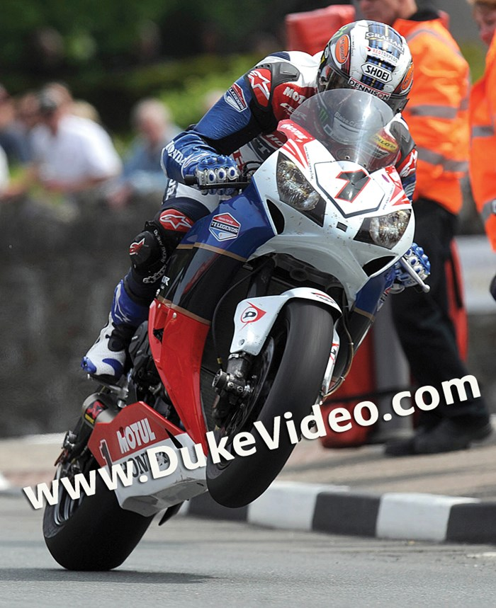 John McGuinness TT 2012 St Ninians Superbike - click to enlarge