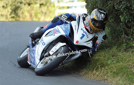 Guy Martin  on his way to victory Scarborough Gold Cup 2012 - click to enlarge