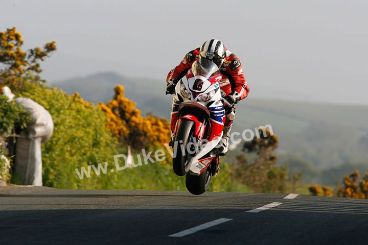 Michael Dunlop jumps TT 2013 - click to enlarge