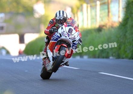 Michael Dunlop Barregarrow TT 2013 - click to enlarge