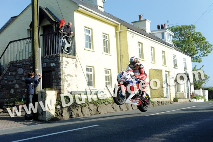John McGuinness Rhencullen TT 2013 - click to enlarge