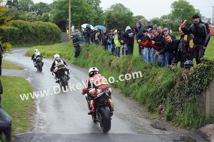 William Dunlop chasing Pearson and Sweeney Cork 2013 - click to enlarge