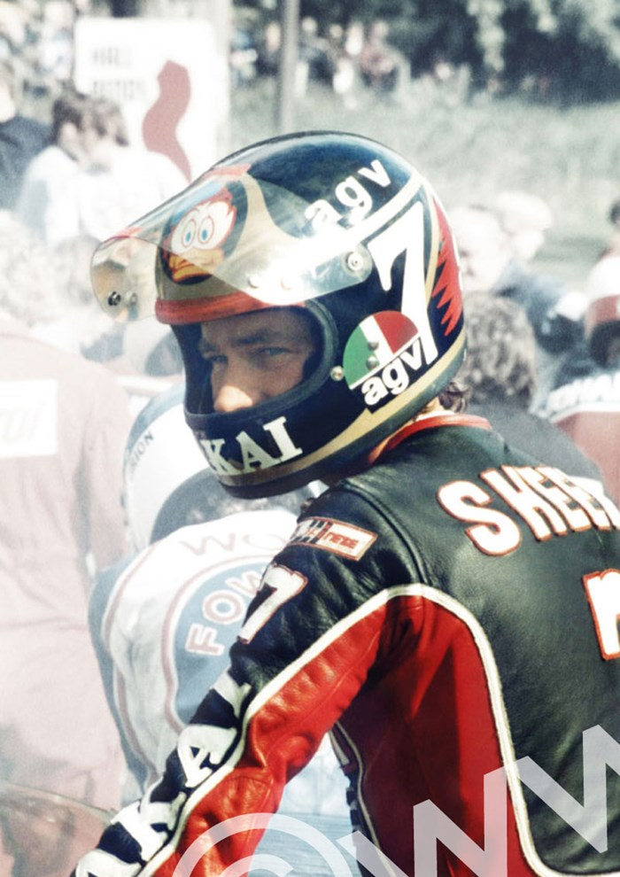 Barry Sheene Cadwell Park 1980 Close Up - click to enlarge