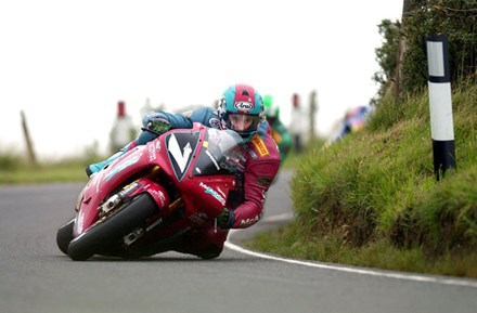 Ryan Farquhar on the edge - click to enlarge